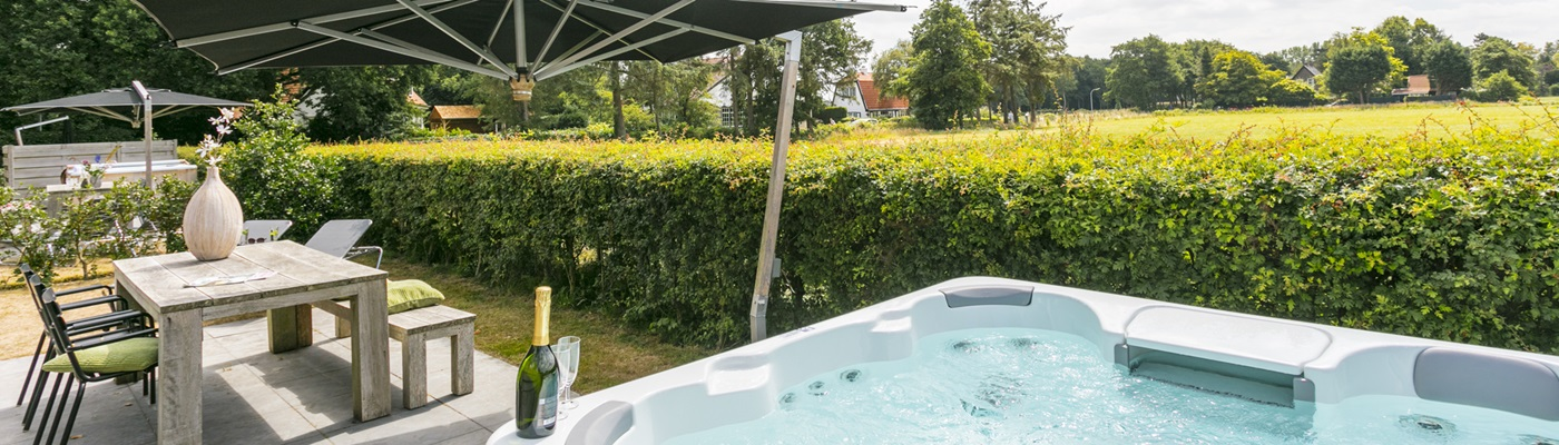 Holiday home jacuzzi
